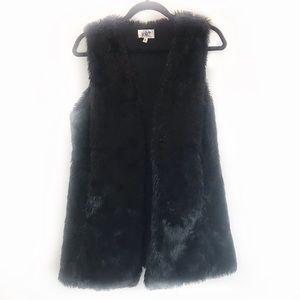 Black faux fur vest!